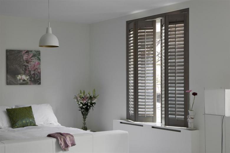 Verduisterende slaapkamer shutters | Shutters.nl | alles over shutters