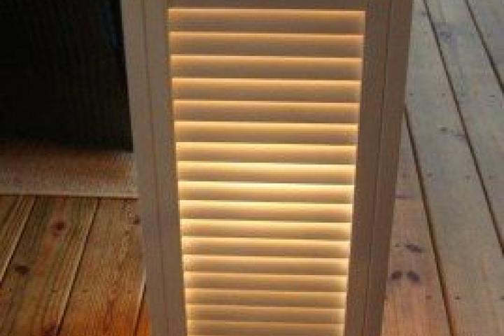 DIY shutter lamp